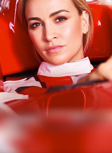 Modella pilota di formula 1
