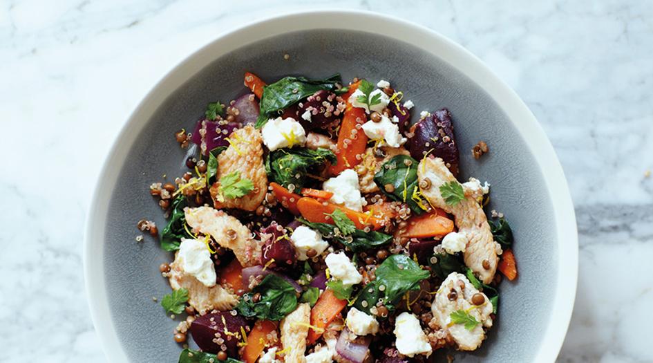 Prepara un'insalata dietetica e sana